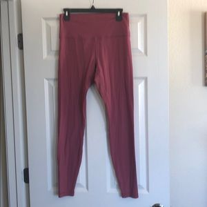 Lululemon pants size 10 slight pilling in crotch